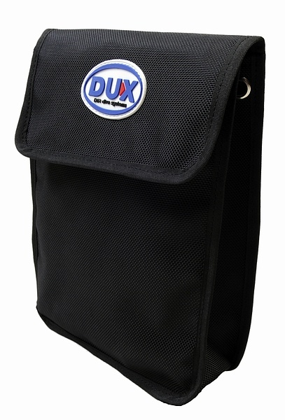 DUX Bellowed pocket velcro closure